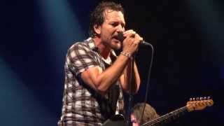 Leavin Here - Pearl Jam Live at the Barclays Center
