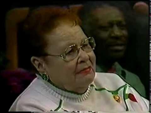Doris Akers & Gospel Legends - You Can't Beat God Giving