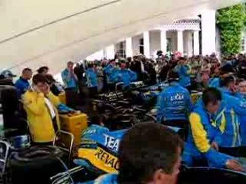 Renault R25 Formula One singing engine