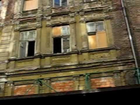 Predios que ainda restam do gueto de Varsovia