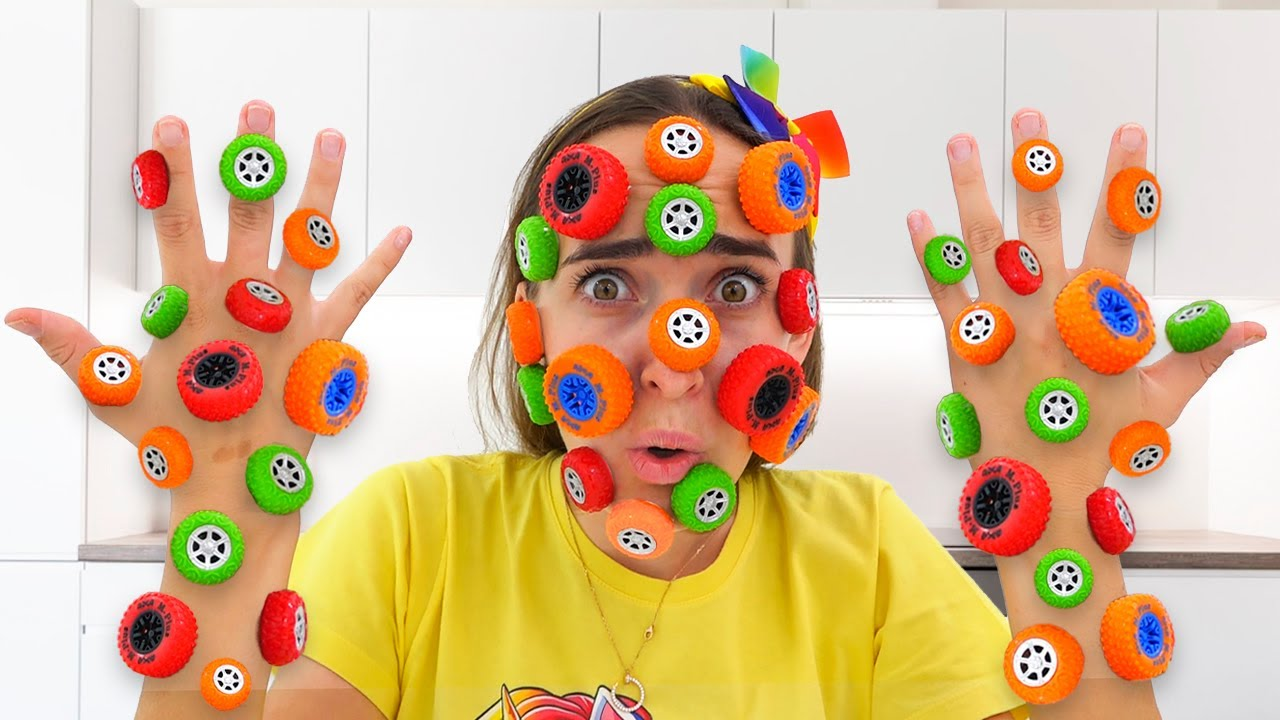 Download Toys gets stuck on mom's face / Vlad and Niki