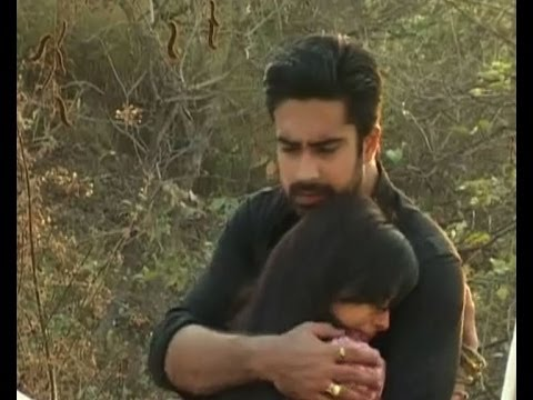 Iss Pyaar Ko Kya Naam Doon : Shlok saves Aastha - Bollywood Country Videos thumbnail