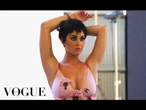 Katy Perry - Vogue Japan (Behind The Scenes)