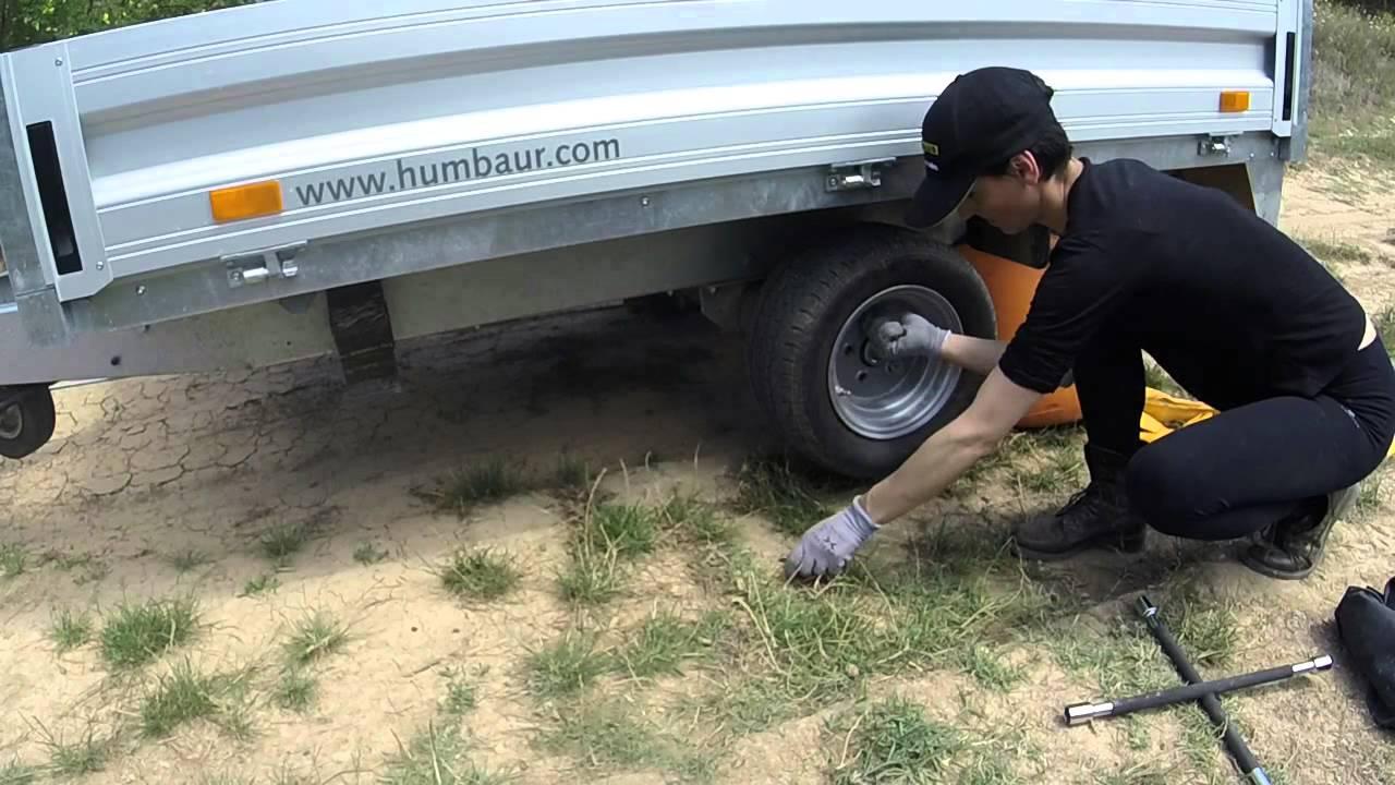 Technique de remplacement d 39 une roue de remorque youtube - Remorque cuisine barbot ...