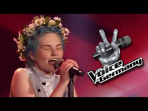 It´s Oh So Quiet - Vlada Vesna   The Voice   Blind Audition 2014