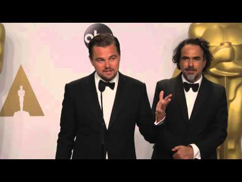 The Revenant: Leonardo DiCaprio and Alejandro G. Iñárritu Oscars Backstage Interview (2016)