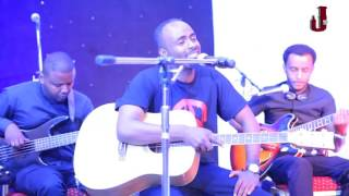 "Sami Dan performing ""Demtse Alba Sew"" live at Leza Listener's Choice Awards"
