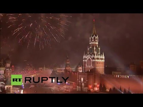 LIVE: New Year's Eve fireworks show lights up Kremlin