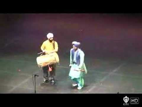 Malkit Singh Live Performance Part 2 – Bruin Bhangra 2006