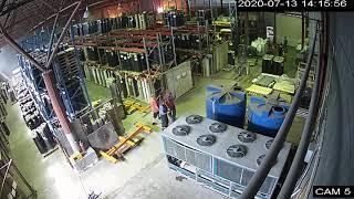 Начало пожара на складе в Самаре попало на видео