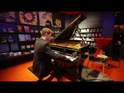 Alexander Krichel spielt Ravel