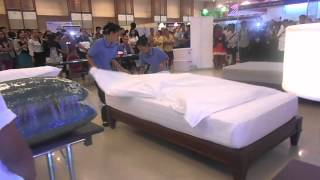 Camhotel 2014: Bed Making Competition