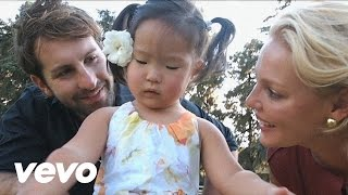 Watch Josh Kelley Naleigh Moon video