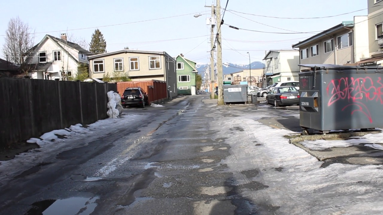 Vancouver Weather: Back Alley In Vancouver BC Canada
