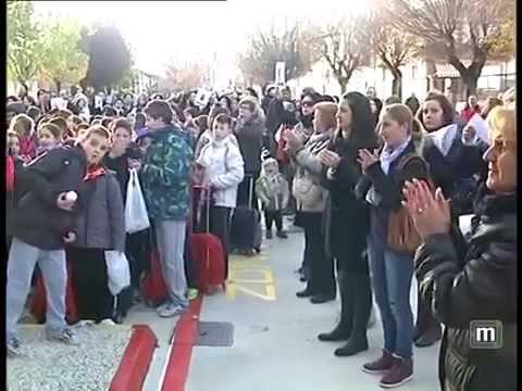 maracena.tv / Acto de rechazo en el colegio Las Mimbres a la agresion contra un profesor