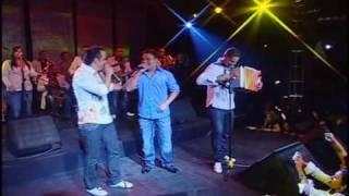 14. Nelson Velasquez & Centeno - Momentos de Amor (En Vivo)
