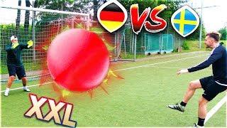 GYMNASTIKBALL FUßBALL CHALLENGE mit BESTRAFUNG !! Deutschland VS Schweden WM 2018