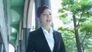友理奈ちゃん☆ギザカワユス!!!カモ~ン♪ OL風の制服姿やピンクのつ...