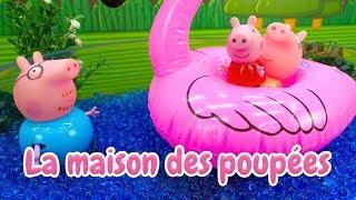 Piscine de Peppa Pig - vidéo en français pour enfants: un toboggan
