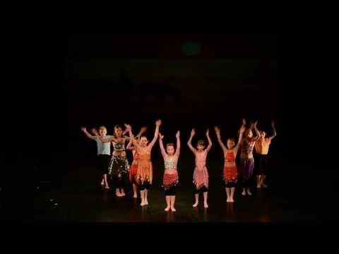Waka Waka - 8 years old kids from Pilsen theatre (first rehearsal)