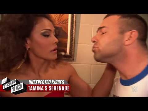 Türkçe Çeviri | WWE'deki En Ateşli Sevişmeler