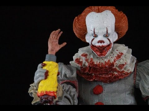 NECA Toys IT Movie 2017 Gamestop exclusive Ultimate Pennywise the clown Figure review