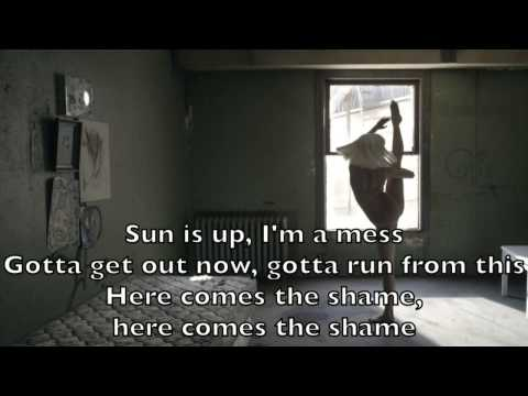 Sia - Chandelier Karaoke Cover Backing Track + Lyrics Acoustic Instrumental - Collings SJ