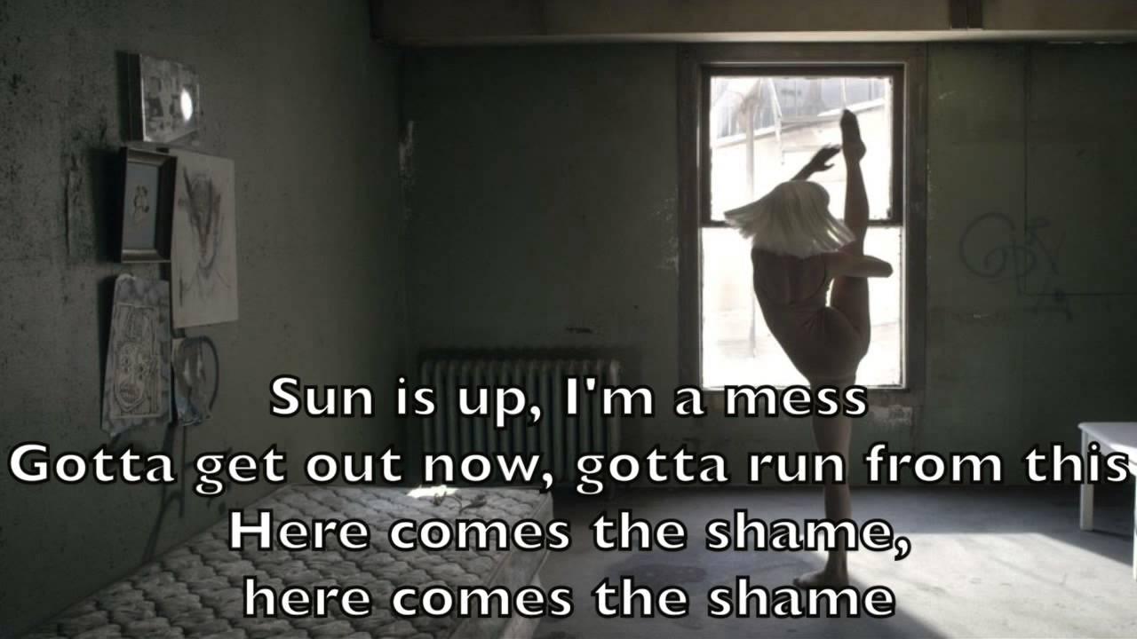 Sia - Chandelier Karaoke Cover Backing Track + Lyrics Acoustic ...