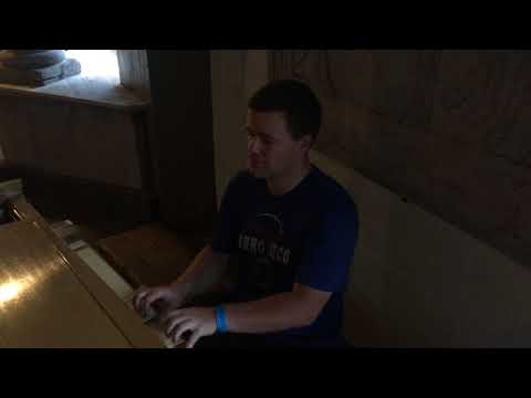 Playing the Piano at City Museum, Saint Louis, MO 11/18/2017
