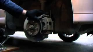 Замена тормозных колодок на автомобиле. РАБОТА ДОМА.