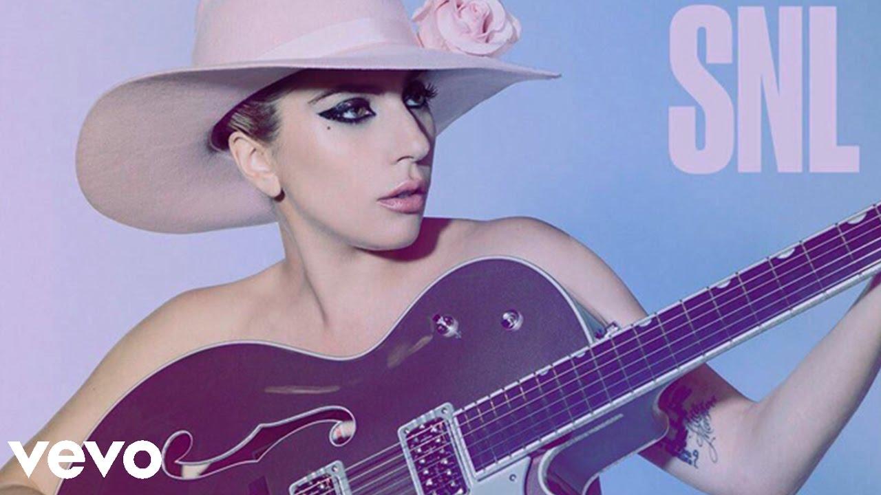 Download Lady Gaga - A-YO (Live At SNL)
