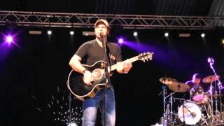 Country Christmas 2012 ,Pordenone Italy-Concert Mark Wills