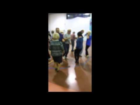 Balli di Gruppo bachata in cerchio Polvere di Stel