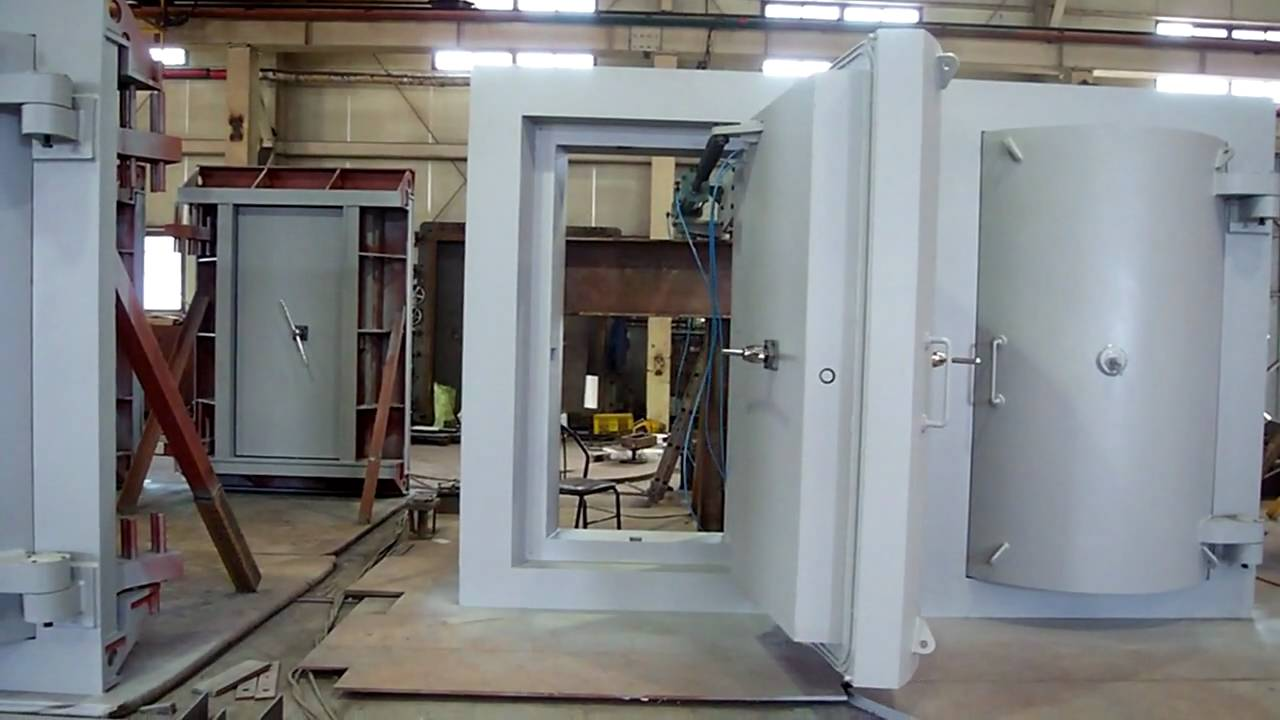 Blast proof door (900 x 2000) - YouTube