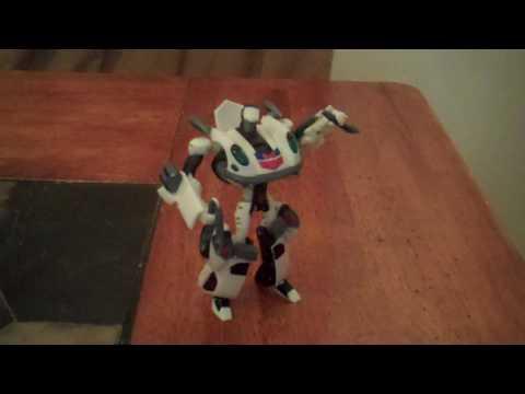 (Deluxe Class) Autobot Jazz Review