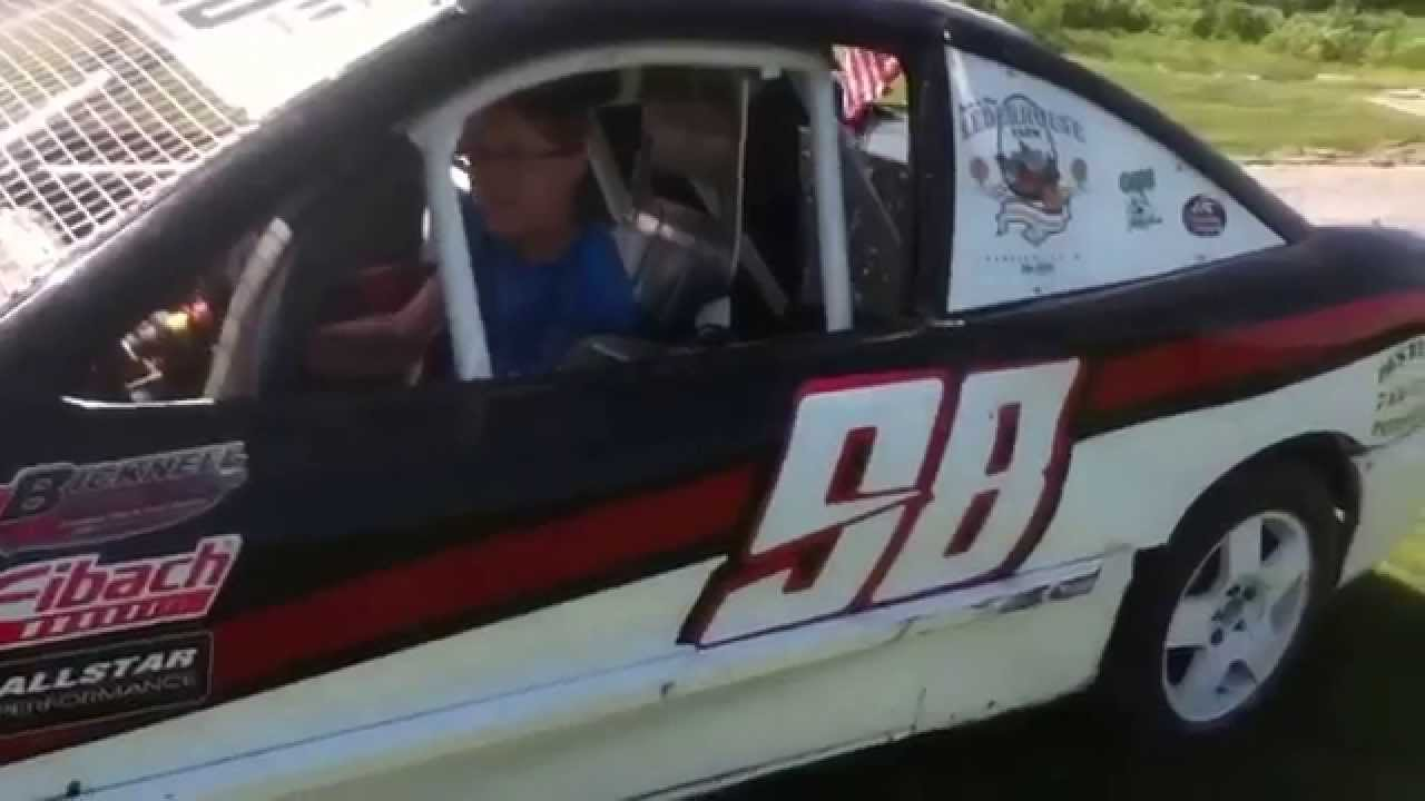4 banger dirt track race car - YouTube