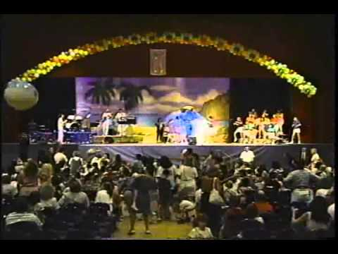 Whole World in his Hands- Michael Aloi Live in Concert
