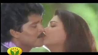 kushboo romance song-colour kanavugal
