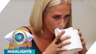 Stücke im Becher der Klobürste: Sarah trinkt trotzdem | Highlights | Promi Big Brother 2017 | SAT.1