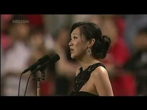 Het Wilhelmus Netherlands National Anthem by Diva Rose Jang LIVE