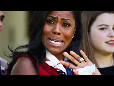Omarosa Escorted Out Of White House