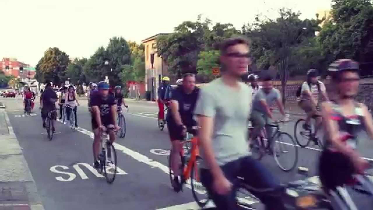 Boston Bike Party: Le Tour de Flags!