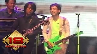 Video Wali - Emang Dasar (Live Konser Rangkasbitung 2013) download MP3, 3GP, MP4, WEBM, AVI, FLV Agustus 2018