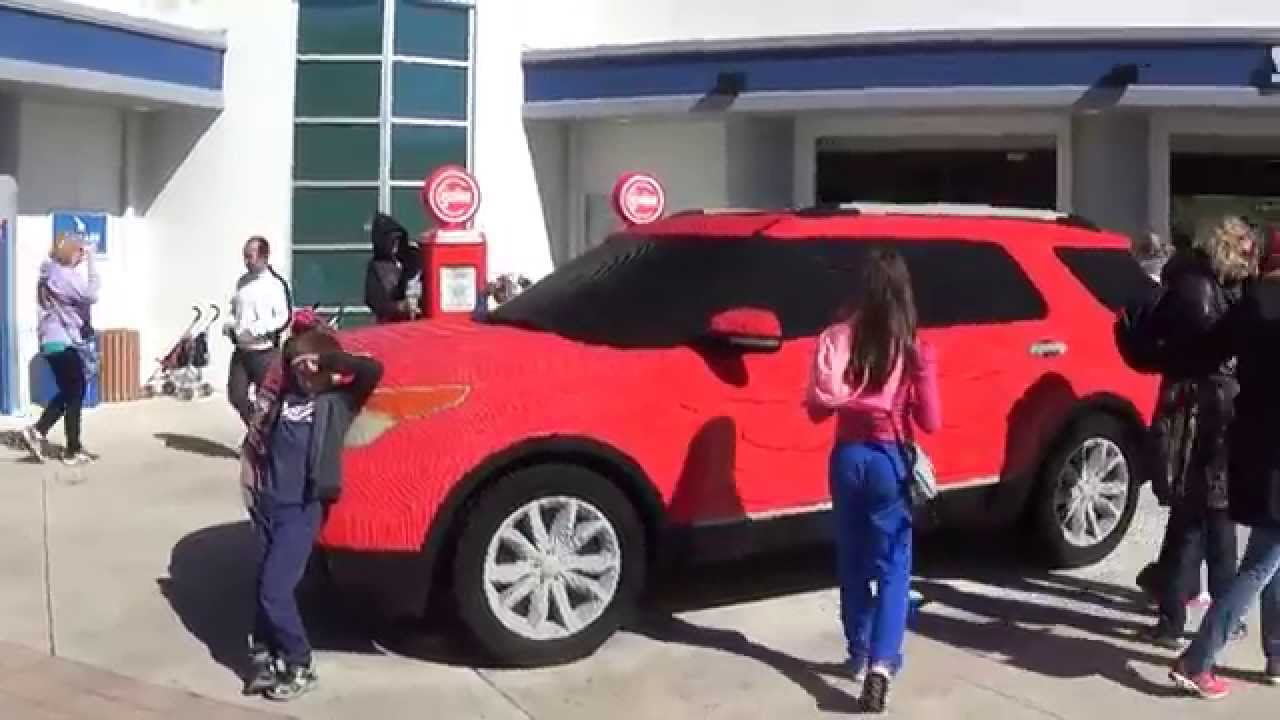 legoland florida ford explorer made with lego bricks youtube. Black Bedroom Furniture Sets. Home Design Ideas