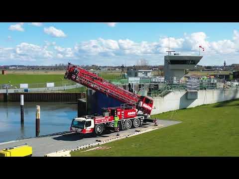 Liebherr - MK 88: rehabilitation of a lock chamber