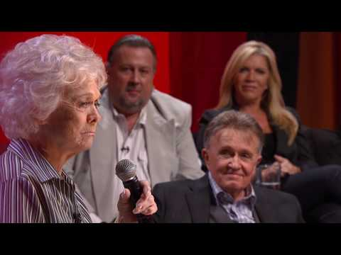 "Jean Shepard sings ""The Tips of My Fingers"""