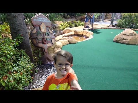 Florida MiniGolf at Congo River Golf, Gators, and Mining for shark teeth OH MY