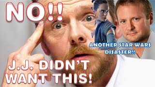 SIMON PEGG DROPS AN ELBOW ON STAR WARS THE LAST JEDI!!