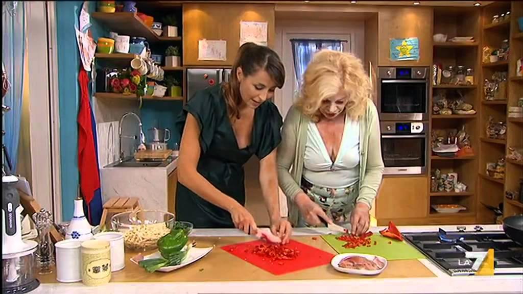 I menu 39 di benedetta puntata integrale 05 11 11 youtube for Mozzarella in carrozza parodi
