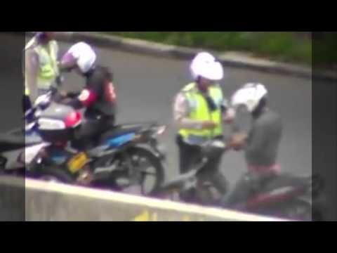 How to Bribe Police Officer In Indonesia